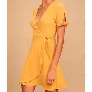 Lulus My Philosophy mustard yellow wrap dress L